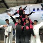 秋山祐輝さんー14週間のフライトアテンダントコースと6週間の観光コースを修了